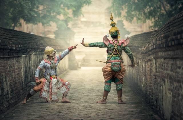 Pakaian tradisional pun bisa menjadi peluang usaha yang menguntungkan